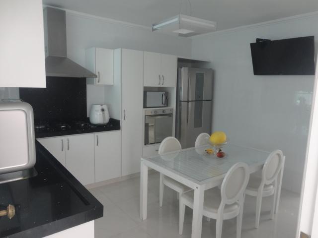 Casa residencial à venda, Mauá, São Caetano do Sul - CA0007.