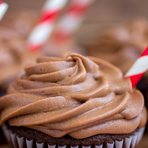 Root Beer Cupcakes With Root Beer Chocolate Frosting