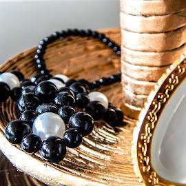 Jewelry holder by Џони Кеш - Artistic Objects Jewelry ( holder, jewel, paper, art, jewelry, earrings )