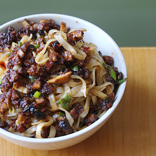 Noodles with Hot Bean Sauce