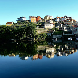 Morning reflections by Lyn Simuns - City,  Street & Park  Neighborhoods ( town, water )