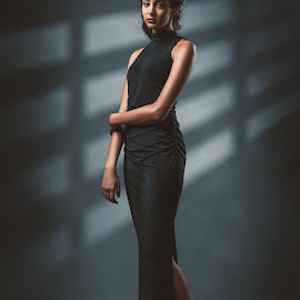 Alexis by Sean Malley - People Fashion ( black dress, woman, legs, brunette, heels, model, tall, girl, fashion )