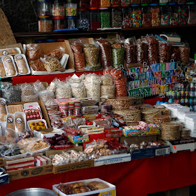 Candy shop by Cristobal Garciaferro Rubio - City,  Street & Park  Markets & Shops ( pwcmarkets )
