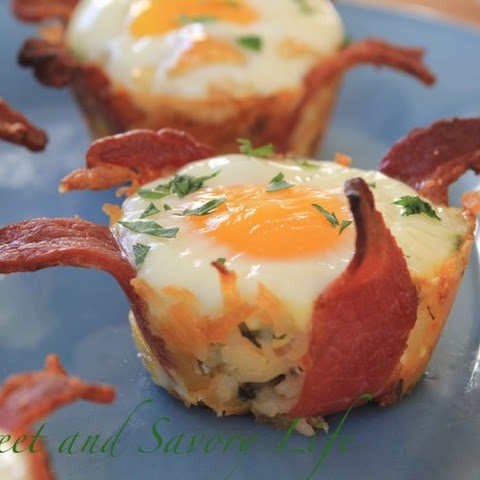 Bacon and Hash Brown Egg Nests