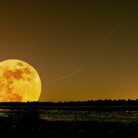 Super Moon by Brian Stout - Novices Only Landscapes (  )