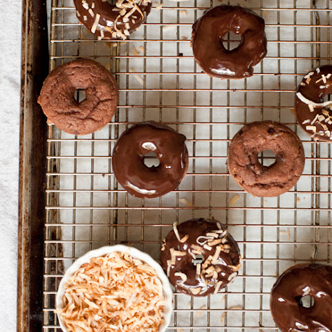 Baked Chocolate Doughnuts with Chocolate Honey Glaze Frosting