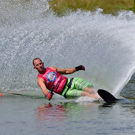 by Terry Barker - Sports & Fitness Watersports