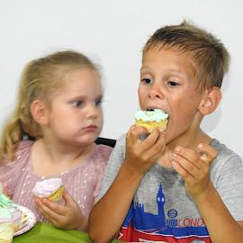 Holiday for birthday by Patrizia Emiliani - Babies & Children Children Candids ( birthday, holiday,  )