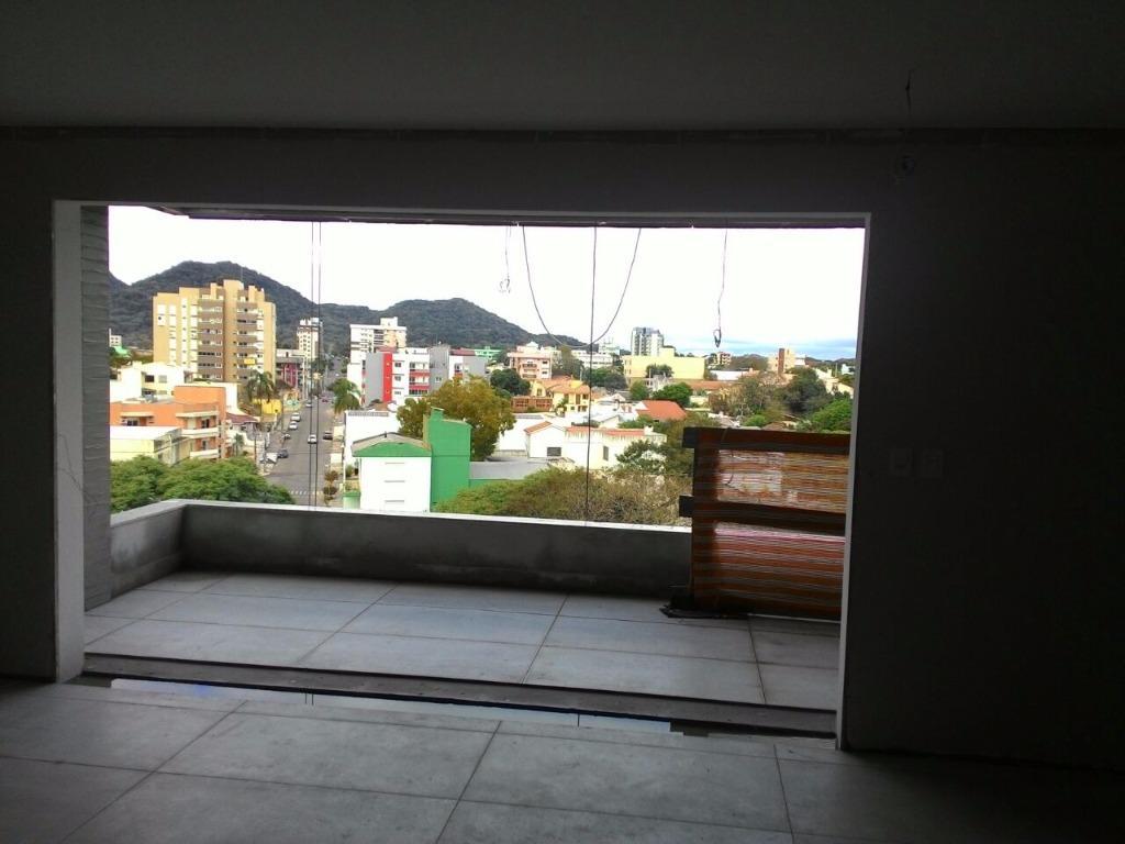Apartamento de 3 dormitórios à venda em Nossa Senhora Das Dores, Santa Maria - RS
