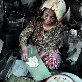 pedagang lupis by Munawir Wathoniy - City,  Street & Park  Street Scenes ( saler, market, asia, traditional, snack )