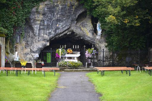 photo de Notre Dame de Lourdes