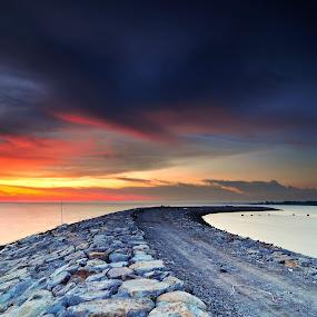 Sunset Seaside Pontian Johor Malaysia by Fairuzee Ramlee - Landscapes Sunsets & Sunrises ( sunset, seascape, beach, seaside, landscape )