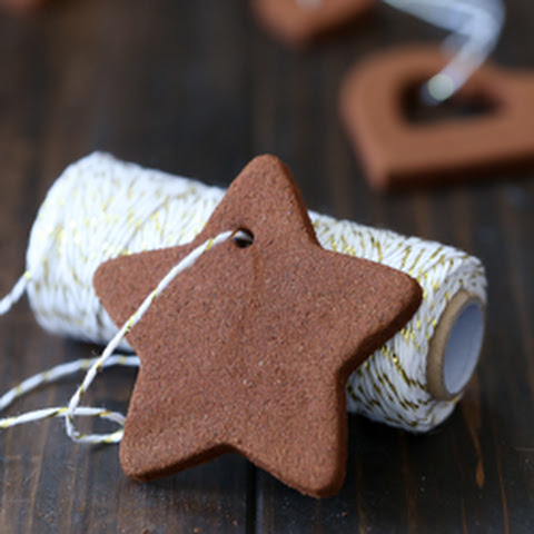 Easy Cinnamon Applesauce Ornaments