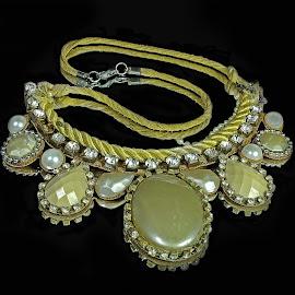 Bijuteria by Rui Santos - Artistic Objects Jewelry ( brazil, abaetetuba, bijuteria, fuji, pará, black, amazon, joia )
