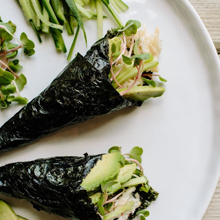 Crab & Avocado Temaki