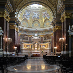 St Stephen's Chatedral, Budapest by Leif Holmberg - Buildings & Architecture Other Interior ( chatedral, budapest, christianity, church, st stephen, , building, interior, worship )