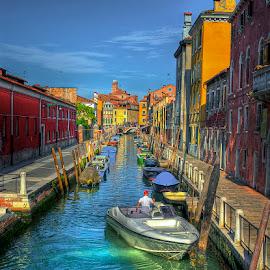 Venice by Hraunið      Hekla - City,  Street & Park  Street Scenes ( venice )