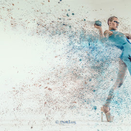 Dispersion by Porlus At Maelstrom - People Fashion ( latex body suit, effects, legs, beauty, absract, shaved head )