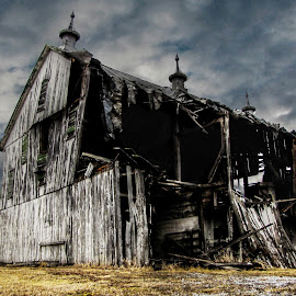 Barn by Austin Rupp - Buildings & Architecture Decaying & Abandoned