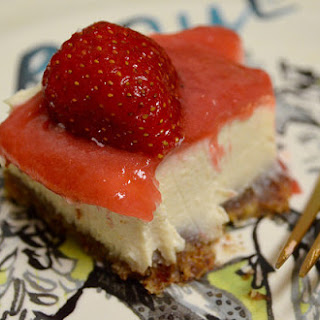 Vegan Cheesecake With Rhubarb Jam