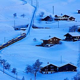 Travel up hill by Wilson Beckett - Transportation Trains (  )