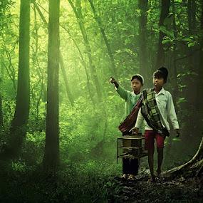 Mencari Sarang by Ipoenk Graphic - Digital Art People