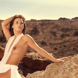 Cala Comta by Martín Silva Cosentino - Nudes & Boudoir Artistic Nude ( ibiza, topless, piedra, summer, modelo )