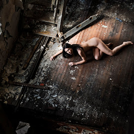Alone by Peter Driessel - Nudes & Boudoir Artistic Nude