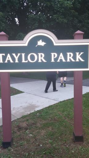 St. Albans Taylor Park Sign