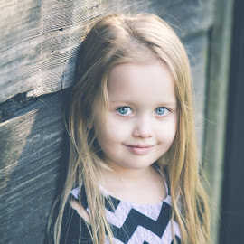 Mkayla by Jenny Hammer - Babies & Children Child Portraits ( child, girl, toddler, cute, portrait )