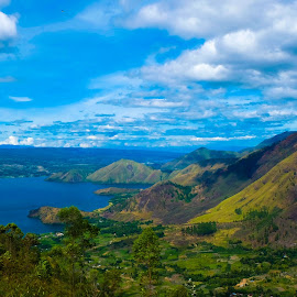 Toba Lake by Andri Tampubolon - Landscapes Mountains & Hills ( highland, clouds, mountains, green, indonesia, lake, batak, toba )