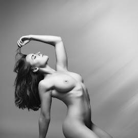 by Visit Www.rampix.co.uk - Nudes & Boudoir Artistic Nude ( nude, rampix photography, boudoir, implied, rosa brighid, @rampix_mk, saracen )