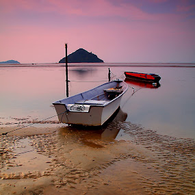 twin by Mohd Shahrizan Taib - Transportation Boats ( water, sand, zuiko lens, e-30, sea, cloud, long exposure, beach, boat )