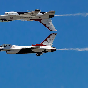 USAF Thunderbirds by Gary Wells - Transportation Airplanes ( jets )