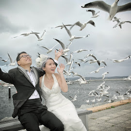 Happiness by Leong Ong - Wedding Bride & Groom