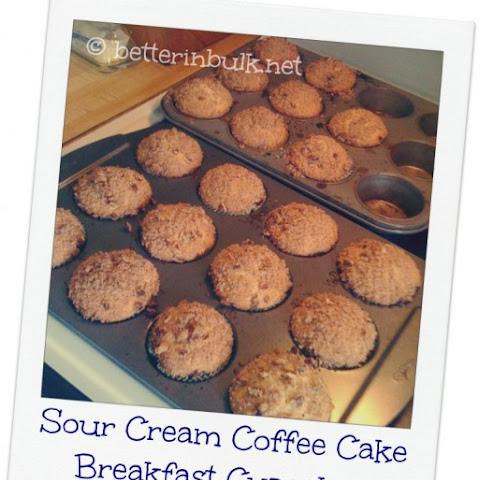 Sour Cream Coffee Cake Breakfast Cupcakes