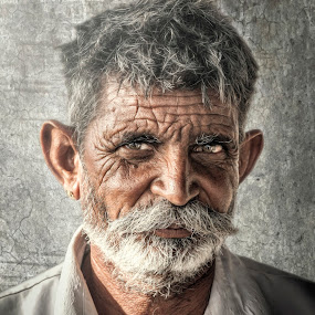 Portrait of a life well spent by Devesh Kalla - People Portraits of Men ( old age, portrait and people, life, happy, indian, old man, india, aged )