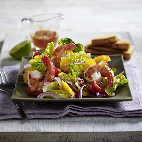 Green Salad with Shrimp and Oranges