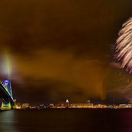 Happy new year by Girish Pandit - Public Holidays New Year's Eve ( new year, fireworks, philadelphia, newyear, benfranklinbridge, benfranklin )