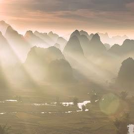 Ray sunny by Hop Nguyenvan - Uncategorized All Uncategorized ( caobang, phongcanhvietnam, trungkhanh, vietnam,  )