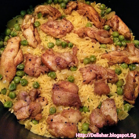 Rice Cooker Spiced Chicken Rice