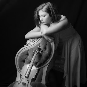 by April Sadler - People Musicians & Entertainers ( #girl #violin#string #chords #blackandwhite #dream #dreaming )