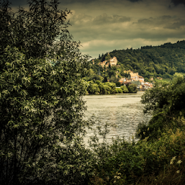 Hirschhorn: The Pearl of the Neckar valley  by Johannes Oehl - Landscapes Travel ( halftimbered hous, house, architecture, city, neckar, tree, germany, abbey, hirschhorn, clouds, water, building, church, green, bergfried, hesse, tower, river neckar, carmelites, oldsky, castle, hillside castle, town, odenwald, river )