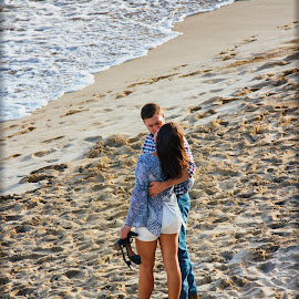 Ocean Side Romance 3 by Linda Tiepelman - People Couples ( a westin resort, honolulu, tourism, ocean, romance, love, vacation, woman, moana surfrider, couple, man, hawaii, spa )