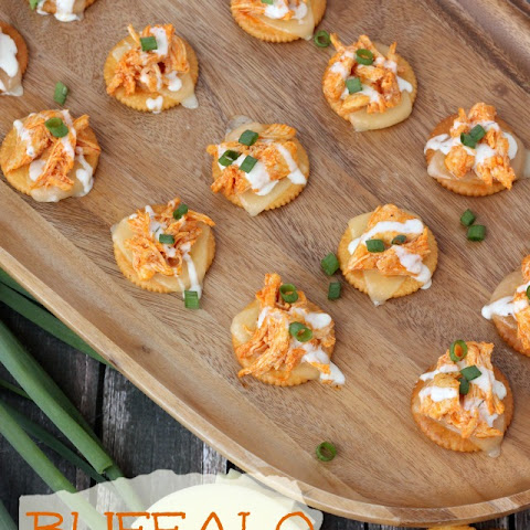 RITZ® Buffalo Chicken Crackers