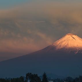 Popocatepetl by Cristobal Garciaferro Rubio - Landscapes Mountains & Hills ( popo, mexico, puebla, popocatepetl, snowy volcano )