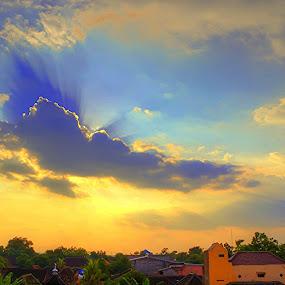 by Fathya Zainuri - Landscapes Sunsets & Sunrises ( #goldenhours, #cloud, #beforesunset, #sunset )