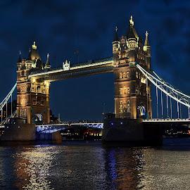 Tower Bridge,London by Sourav Sarkar - Buildings & Architecture Bridges & Suspended Structures ( london, tower bridge )