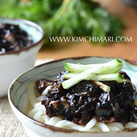 Noodles in Black Bean Sauce (간짜장면 Kaan Jajangmyeon)