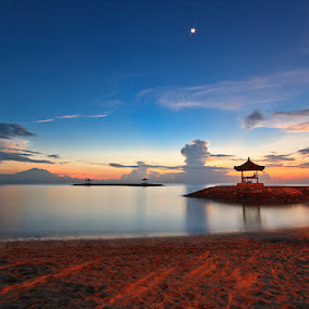sanur beach by Oka Wimartha - Landscapes Waterscapes